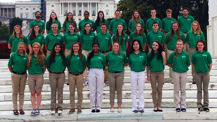 Photo: 4-H members on the steps of the U.S. Capitol.